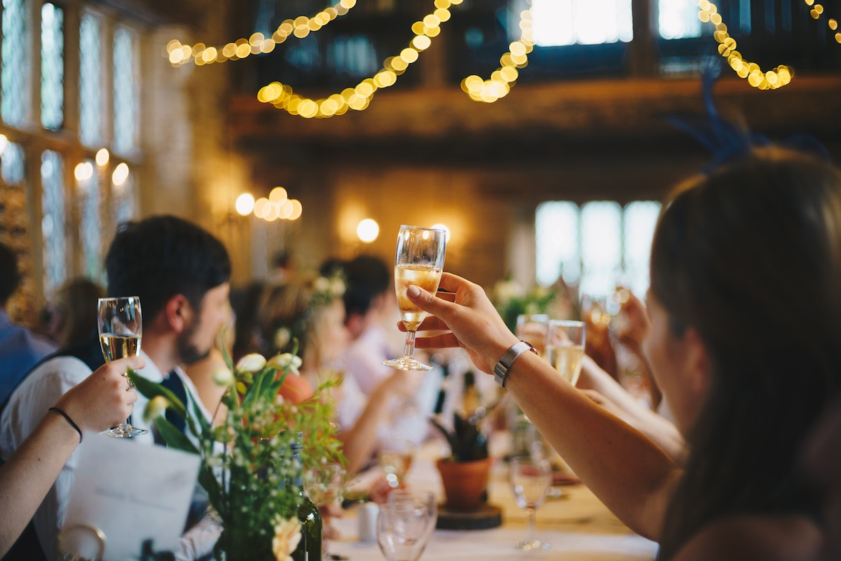 The ultimate guide to giving a wedding speech